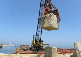 Go 0130 - Floating Crane - 38m