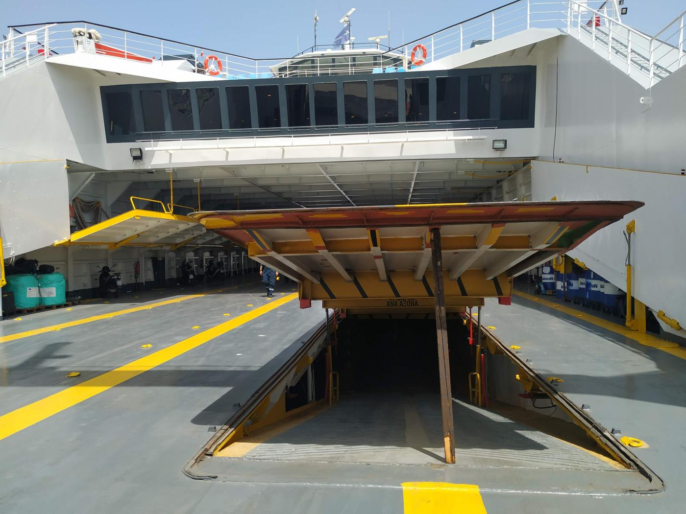 Go 0372 - Double Ended Ferry - 104m