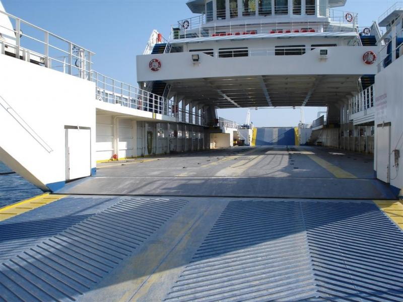 Go 0143 - Double Ended Ferry - 72m
