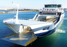 Go 0657 - Double Ended Ferry - 101m