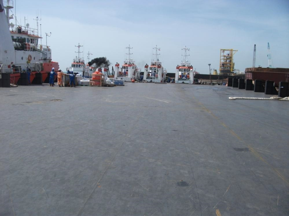 Go 0886 - Flat Top Deck Barge - 85m